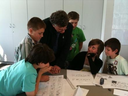 Steve Axelsen runs a comic book workshop in Western Sydney