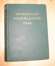 "The 1954 ""Groene Boekje"" guide to the Dutch language. Image by Wikipedia, used under a CC BY-SA 3.0 licence."