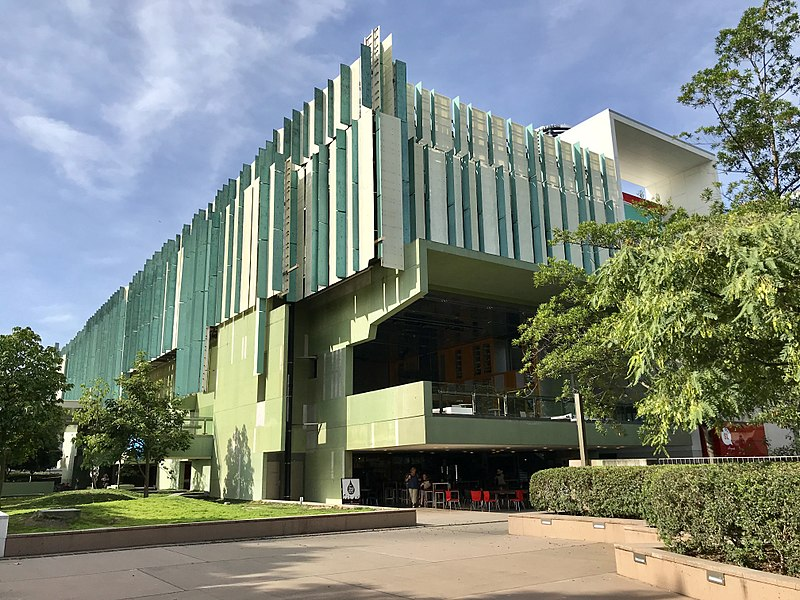 800px-state_library_of_queensland_01